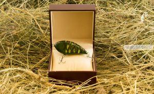 Воблер ручной работы в подарочной коробке